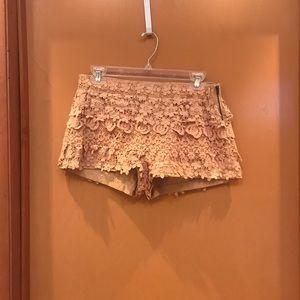 Zara Basic embroidered shorts Size L